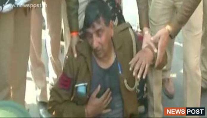 delhi news 83 policemen injured 26 in critical condition